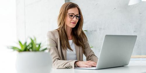 woman on computer-feature image